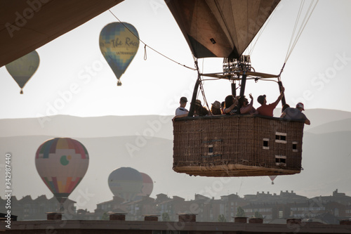 Photo Aerostatic balloon festival over the city of Segovia, Castilla y León
