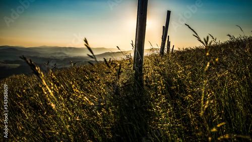 Fototapeta Zachód słońca w górach, Beskid Śląski, Polska obraz