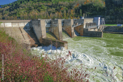 Barrage au fil de la rivière Ain Canvas Print