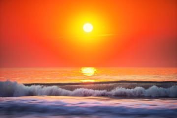 Fototapeta Wschód / zachód słońca Sunrise Wave