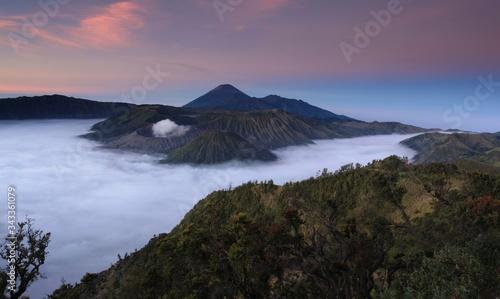 Sunrise at Bromo Maountain, Central Java, Indonesia фототапет
