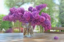 Beautiful Bouquet Of Purple Li...