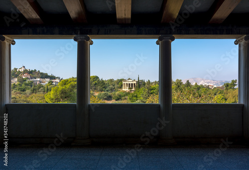 Платно View of The Temple of Hephaestus from within the Stoa of Attalos