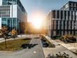 München, Straßen Architektur mit  Moderne Business Gebäude