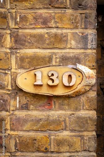 Fotomural House number 130