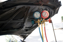 Pressure Gauges With Colorful ...