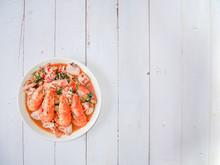 Vivid Tom Yum Kung (seafood Th...