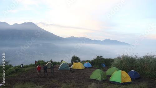 Fototapeta camping in the mountains obraz