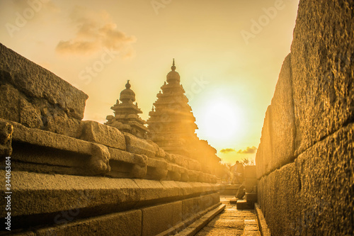 Fotografie, Obraz Mamallapuram, or Mahabalipuram, is a town on a strip of land between the Bay of Bengal and the Great Salt Lake, in the south Indian state of Tamil Nadu