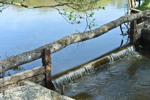 Photo eau environnement etang lac vert nature paysage barrage