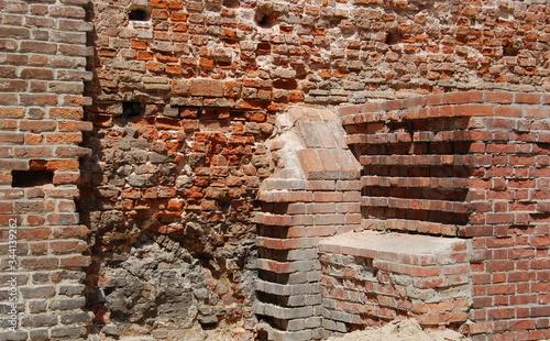 Fototapeta Gdańsk, fragment murów obronnych przy Baszcie Latarnianej, widziany od strony Starego Miasta. Stan z roku 2011. obraz