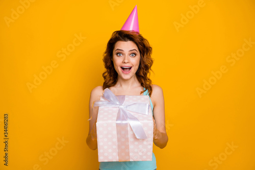 Photo Photo of pretty funny lady hold large giftbox hands unexpected secret admirer pr