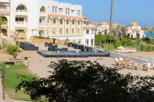 Obraz A tourist village in Hurghada 1 - fototapety do salonu
