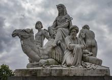 Statue On Albert Memorial In L...