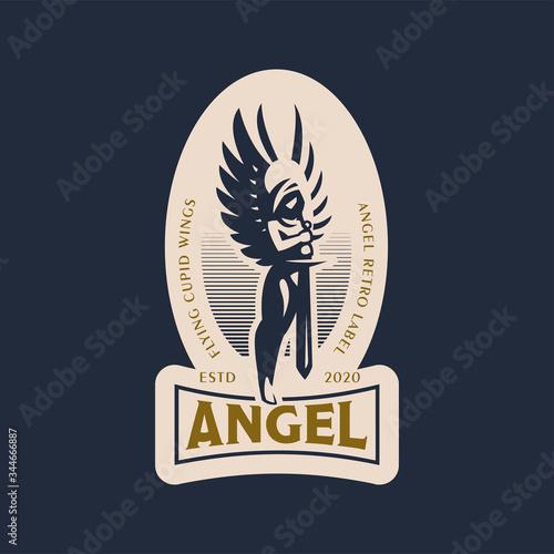 Fotografía Woman angel with a sword in her hands.
