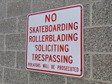 No Skateboarding And Rollerbla...