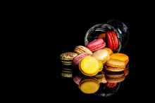 Macarons Multicolores Sortant ...
