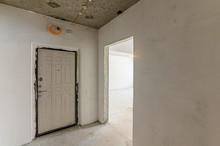 Russia, Moscow- January 15, 2020: Interior Room Apartment Modern Bright Cozy Atmosphere. Rough Repair For Self-finishing. Interior Decoration, Bare Walls Of The Room, Stage Of Construction