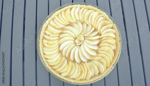 Photo tarte aux pommes crue avant cuisson