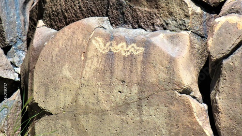 Fototapety, obrazy: Petroglyphs seen in a canyon where native indians once lived