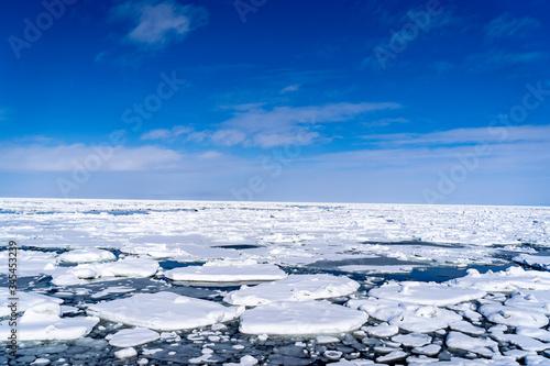 Valokuva オホーツク海沿岸に押し寄せる流氷群