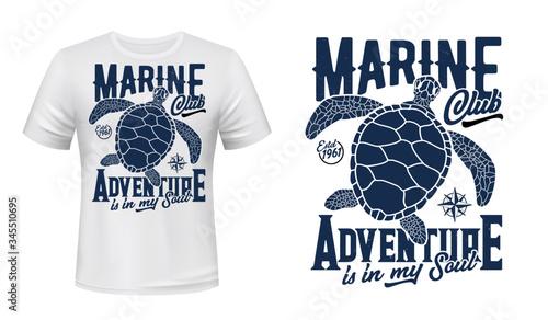 Foto Sea turtle t-shirt print mockup, marine adventure club vector design