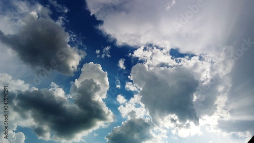 Obraz Low Angle View Of Cloudscape - fototapety do salonu
