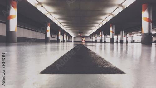 Billede på lærred Colonnade Of Parking Lot