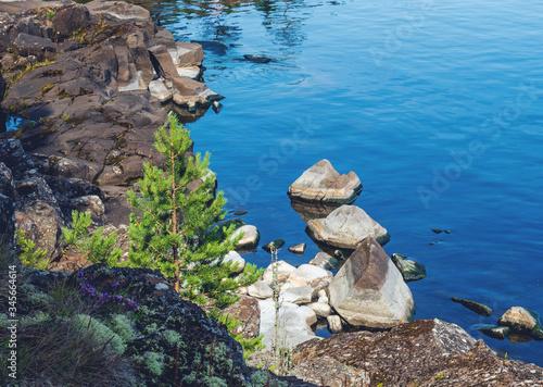 The rocky islands of Lake Ladoga. Slika na platnu