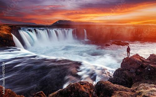 Valokuvatapetti Colorful summer landscape of Iceland
