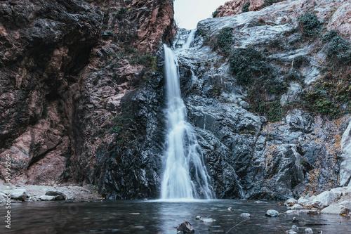 Fotomural las cataratas de ourika