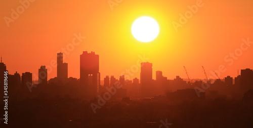 Fototapeta Zachód słońca  nad miastem, Williamsburg NY obraz