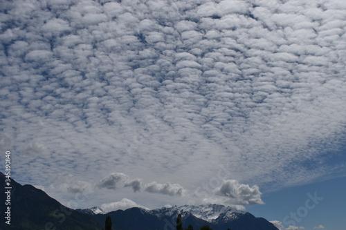 Photo Altocumulus Wolken formation