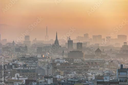Photo Barcelona Spain, aerial view sunrise city skyline at city center