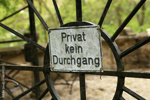 Canvas Print Gate sign. German text: Private No passage