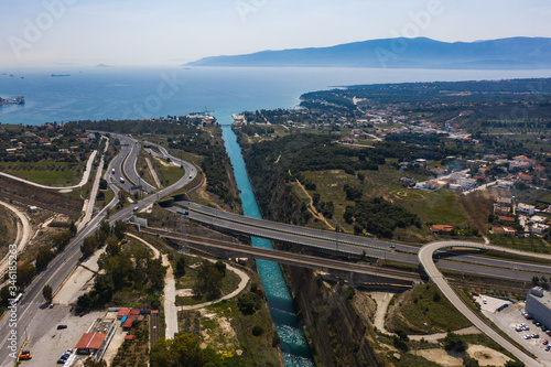 Obraz na plátne The Corinth Canal aerial view with bridge and traffic line