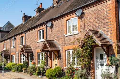 Fotografia, Obraz Typical cottages in rural English town