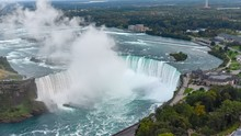 High Angle Shot Of The Beautiful Niagra Falls Captured In Canada