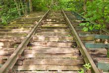 Alte Versteckte Eisenbahnbrüc...