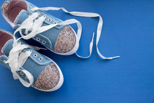 Fashionable Blue Sneakers For ...