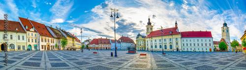 Sibiu, Transylvania, Romania, Piata Mare main town square - panorama Fototapet