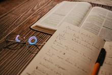 Biblia Y Apuntes