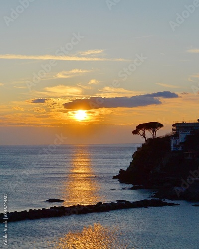 Fotografia Scenic View Of Sea Against Sky During Sunset