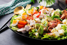 Healthy Cobb Salad With Chicke...