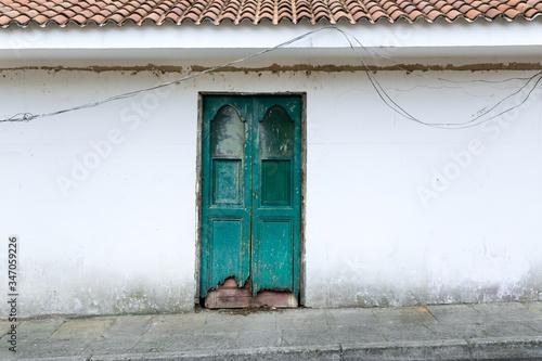 Fotografie, Obraz vieja puerta verde de madera
