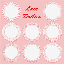 Set Of Decorative White Lace D...