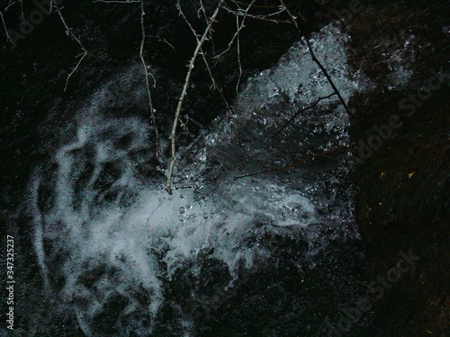Fototapety, obrazy: Full Frame View Of Water Rushes Through Rock