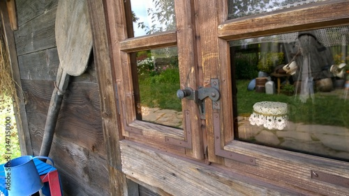 Photo Glass Window Of Old Wooden House