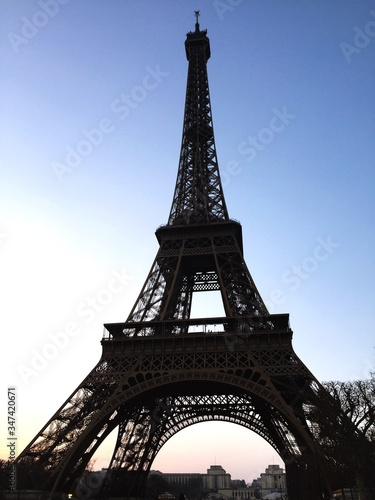 Fototapety, obrazy: Low Angle View Of Eiffel Tower