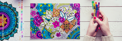 Adult coloring book, stress relieving trend Fotobehang